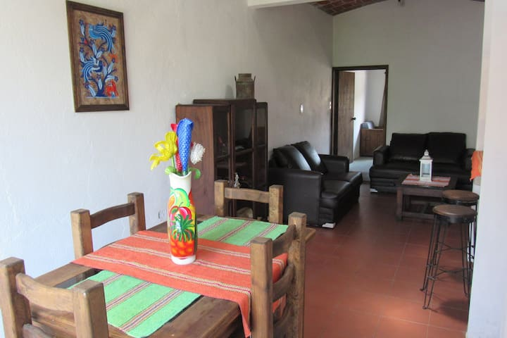 Department with garden view - Santa Cruz Xoxocotlán - Apartment