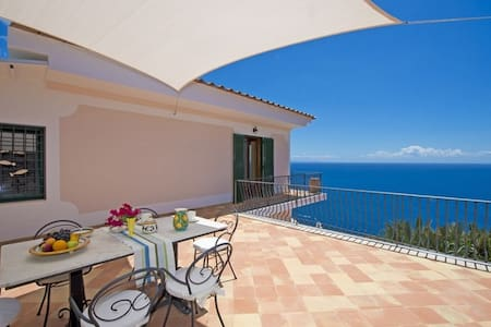 Lovely villa with sea view - V739 - Praiano