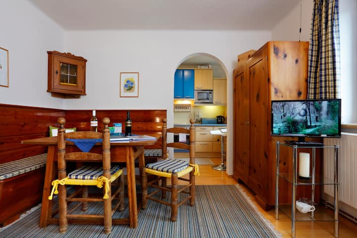 Haus W5 (Sankt Sebastian), Appartement Enzian