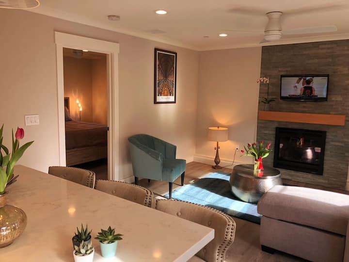 International Brand New, Bright & Stylish Cottage.