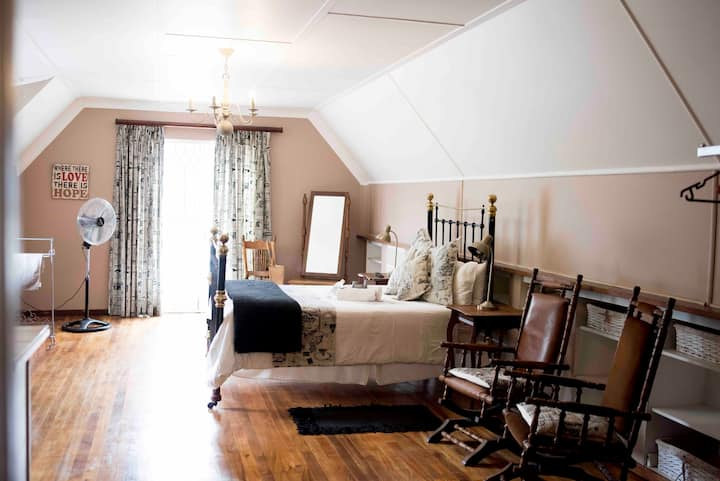 Greenfields Guesthouse Family Studio