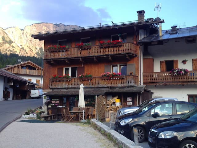 Apartment with mountain view - Cortina d'Ampezzo