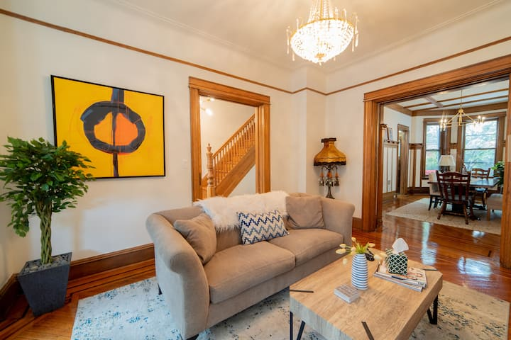 Stunning Brooklyn Brownstone with all the extras