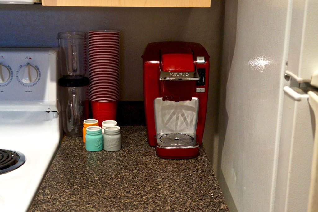 Feel free to use the coffee maker, there are 'coffee pods' on top of the fridge; help yourself!