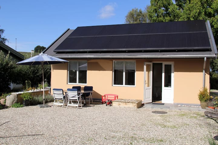 Holiday home for 3 persons only 50 m from the sea.