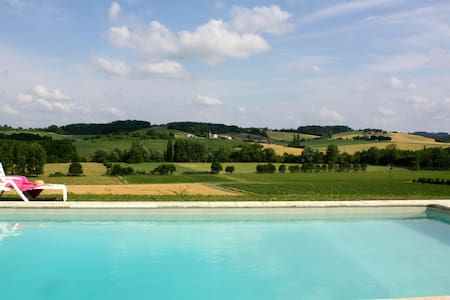 Traditional Farmhouse Gite + Heated Private Pool - House