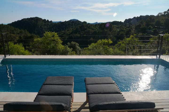 Romantic cottage with amazing views & private pool - Puigpunyent - House