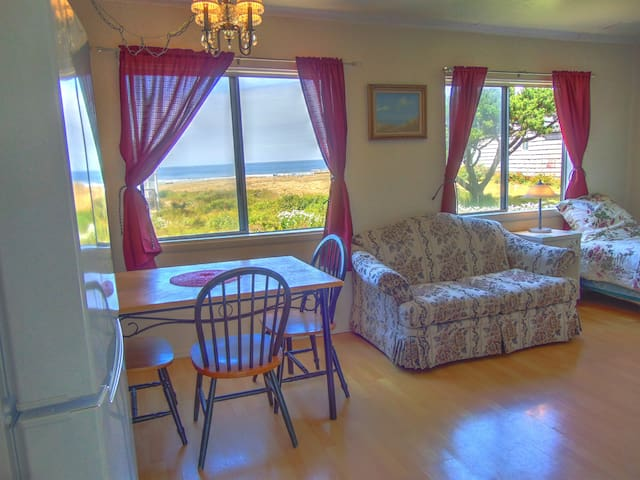 Affordable Ocean View, Beach Access - Yachats - Byt