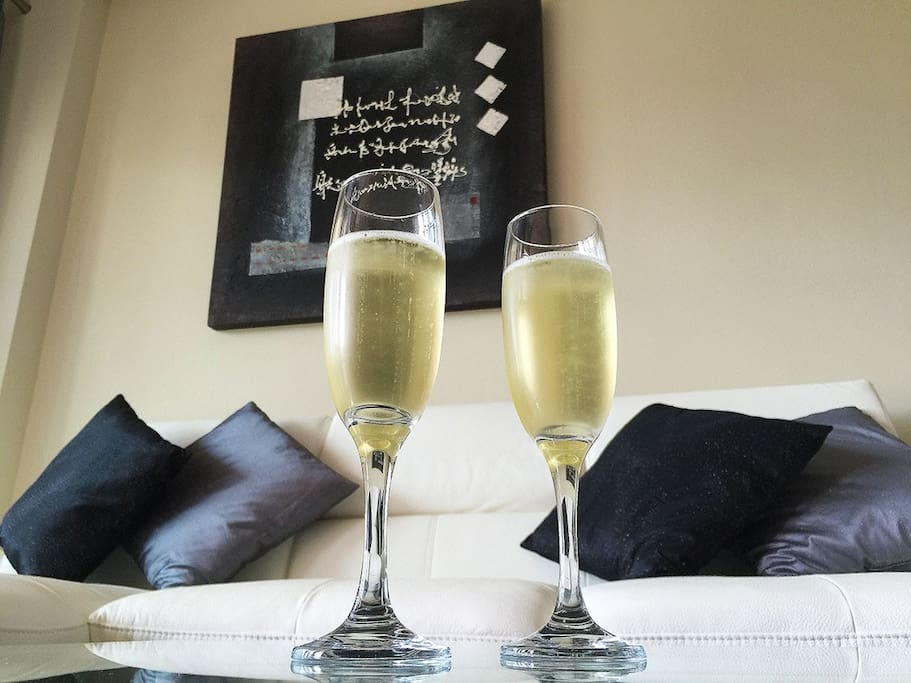 Enjoy Champagne in your design living