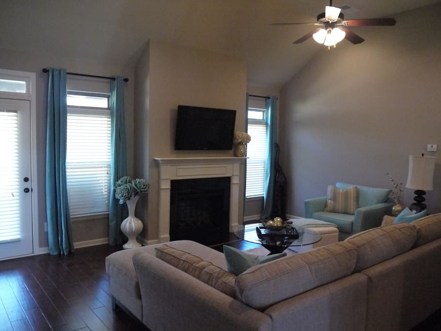 Large Flatscreen TV's throughout House!
