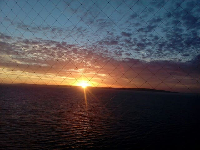 TOME-bellavista descansa y contempla el mar 40.000