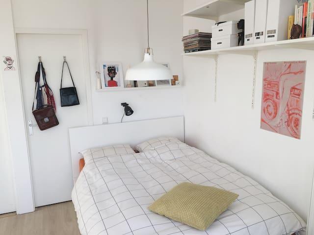 Cosy apartment near the Jordaan