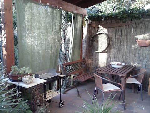 apartment courtyard deal park