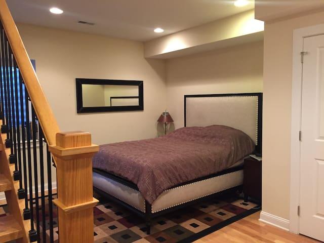 2 Bed/2 Bath Condo in Center City! - Philadelphia - Apto. en complejo residencial