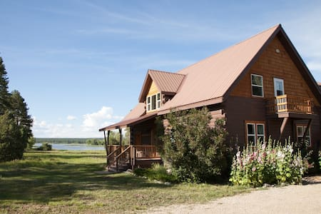 Secluded 4 br cabin near Durango - Mancos