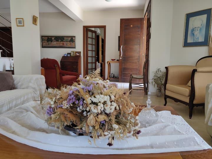 Quiet Big House & Garden-2 bedrooms-Univ of Cyprus