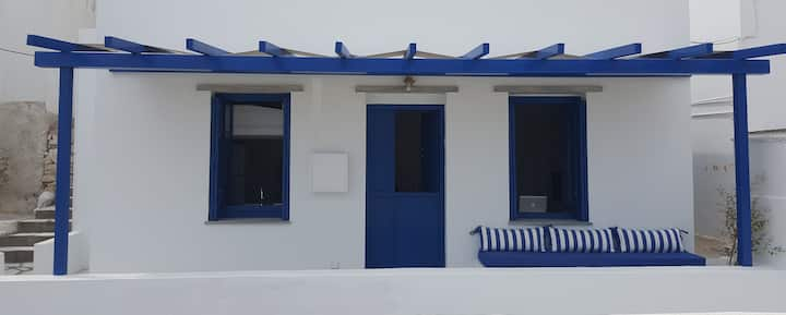 Idyllic House in Panormos Bay 2 Minutes from Beach