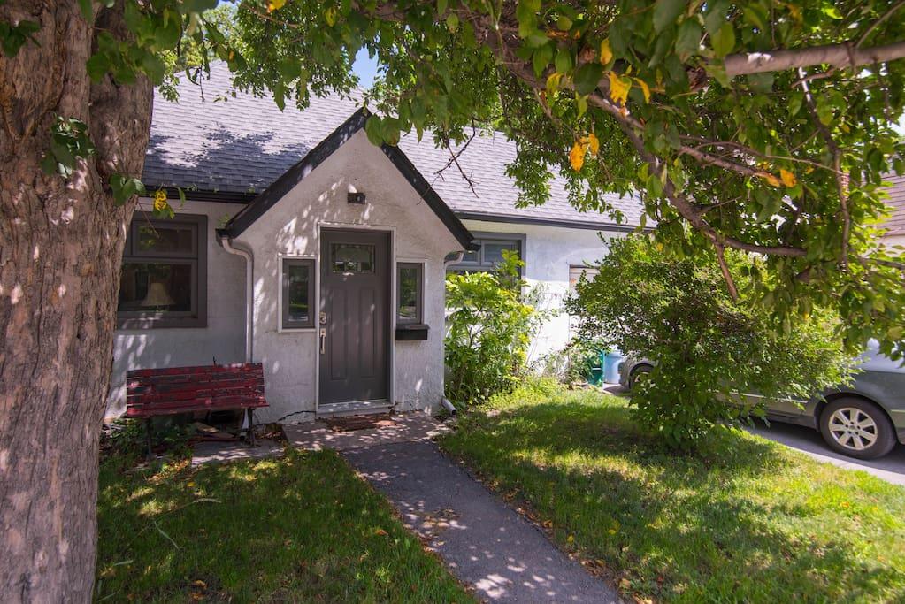 Spacious house close to downtown maisons louer ottawa ontario canada - Canada maison close ...