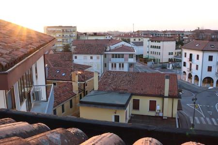 Marisa House - Adventurous Moments from Venice - Oderzo - Departamento