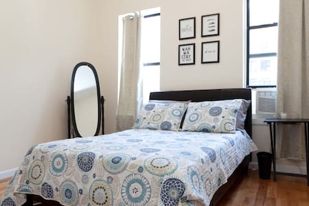 """This spacious apartment is minutes away from the biggest attractions in NYC. It is referred to as """"Manhattan's Best Kept Secret"""", and for good reason. There are great restaurants, pubs, wine bars, and Manhattan's last remaining wild forest..."""