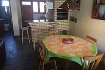 Cozinha, Churrasqueira e Sala de jantar