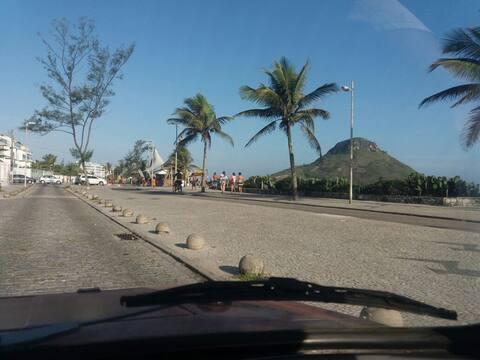 Hospedagem 1 pessoa Suíte Praia do Pontal Recreio