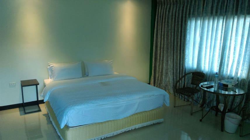 海洋森林房型:每晚NT3000元 - Manzhou Township - Pousada