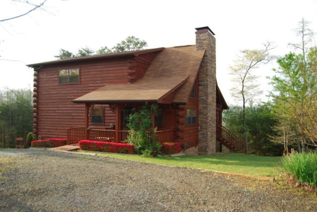 Our Mountain Lodge Cabins For Rent In Murphy North