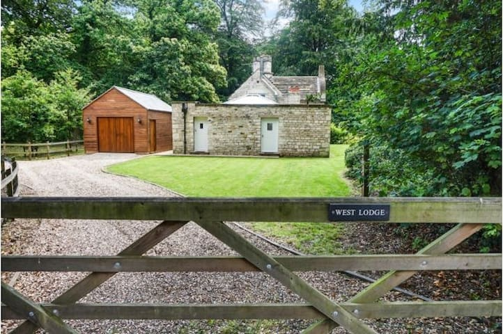 Grade II Listed Rural Cottage