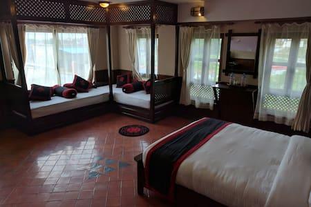 Makalu - Family Room - Suryabinayak