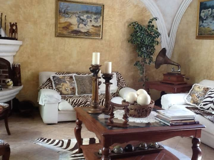 Hakuna Matata Guest House (private room)