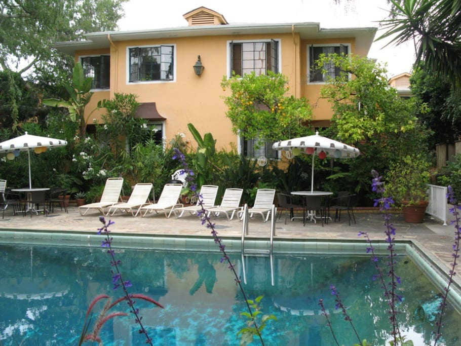 Beautiful old hollywood style apartment apartments for - 1 bedroom apartments in west hollywood ...