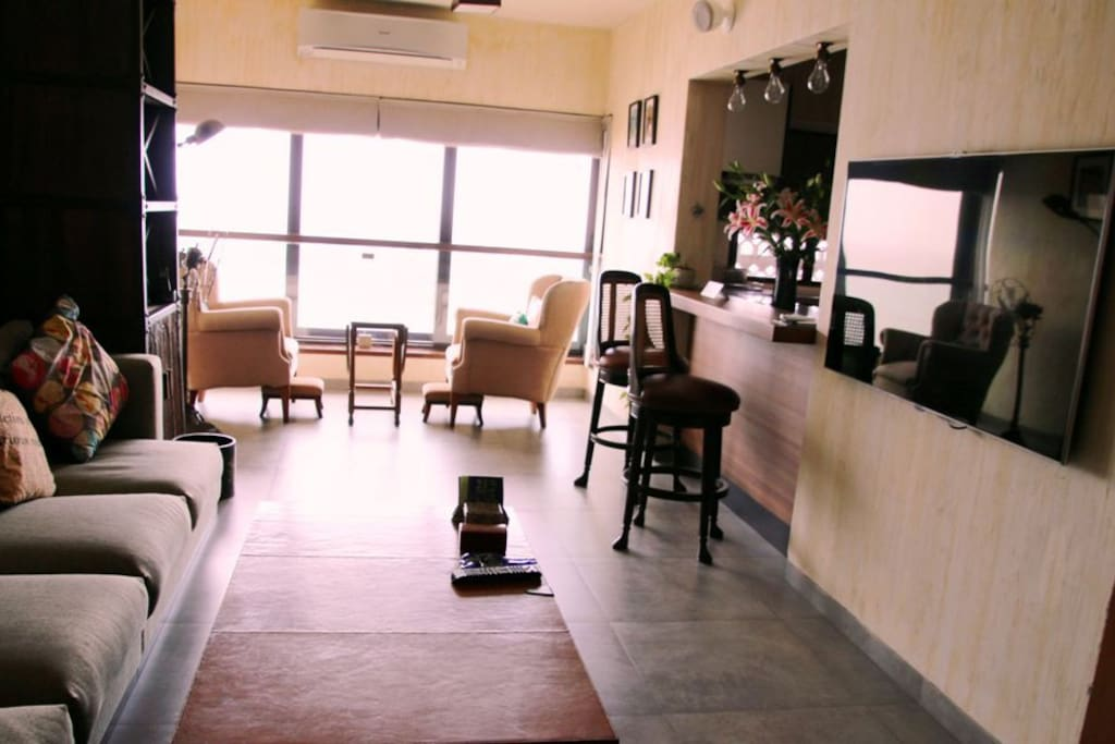 Charming Sea View Home In Colaba Apartments For Rent In