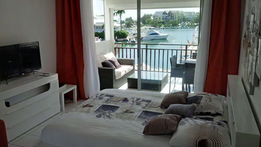 Joli Studio Confort et  Vue sur mer