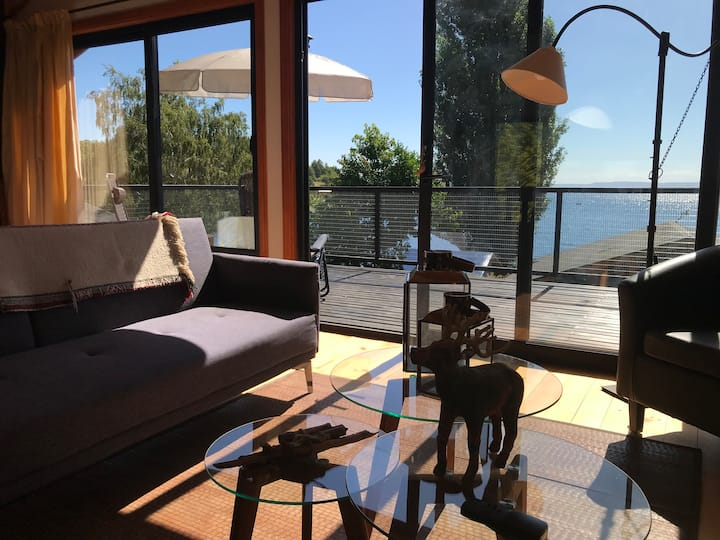 Studio house in front of Lago Ranco