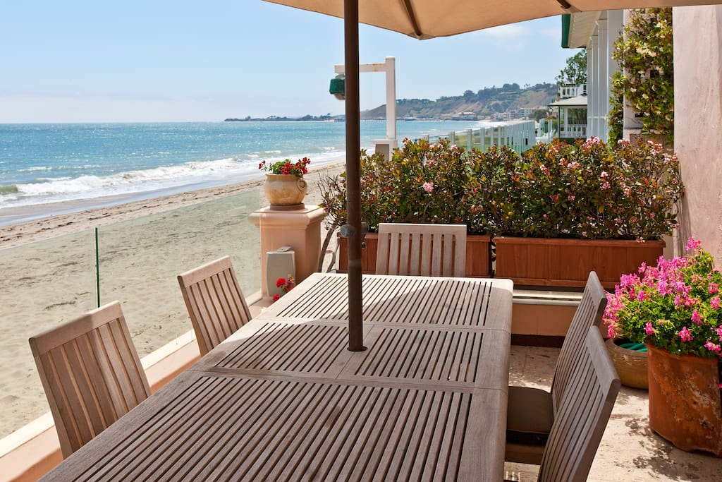 Carbon beach malibu houses for rent in malibu for Malibu house for rent