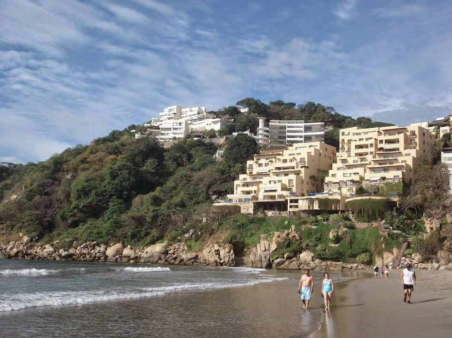 View of the apartment from Revolcadero beach.