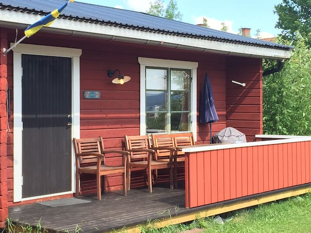 Trivsam stuga i Vikarbyn, Rättvik. - Vikarbyn - 통나무집