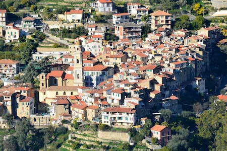 Casa Clotilde - Vallebona - Bed & Breakfast