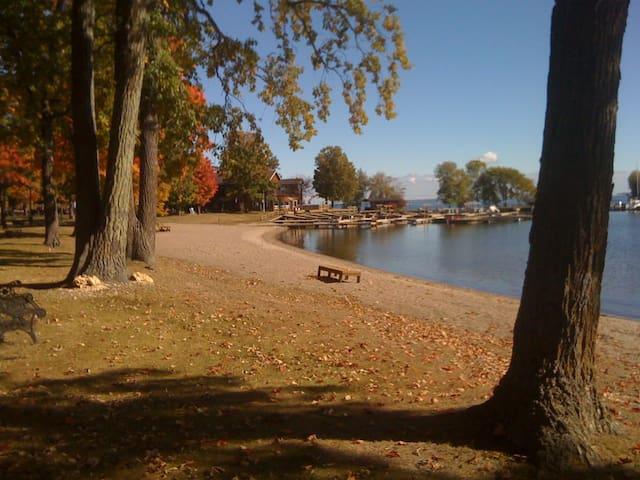 Leech Lake Getaway - Walker