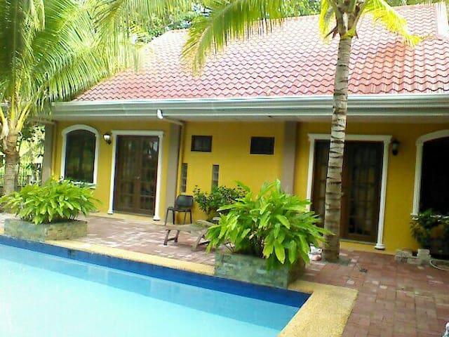 Villa Palms 1. Bed & Breakfast Sept discountt