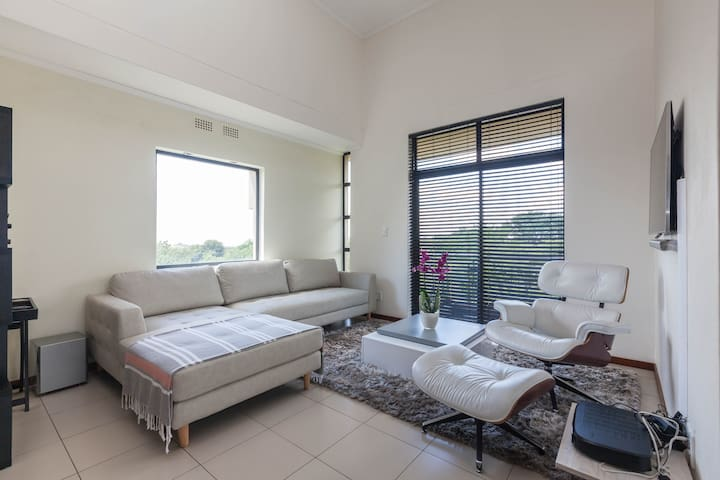 Exec apartment in safe Golf Estate - Northriding  - Apartamento