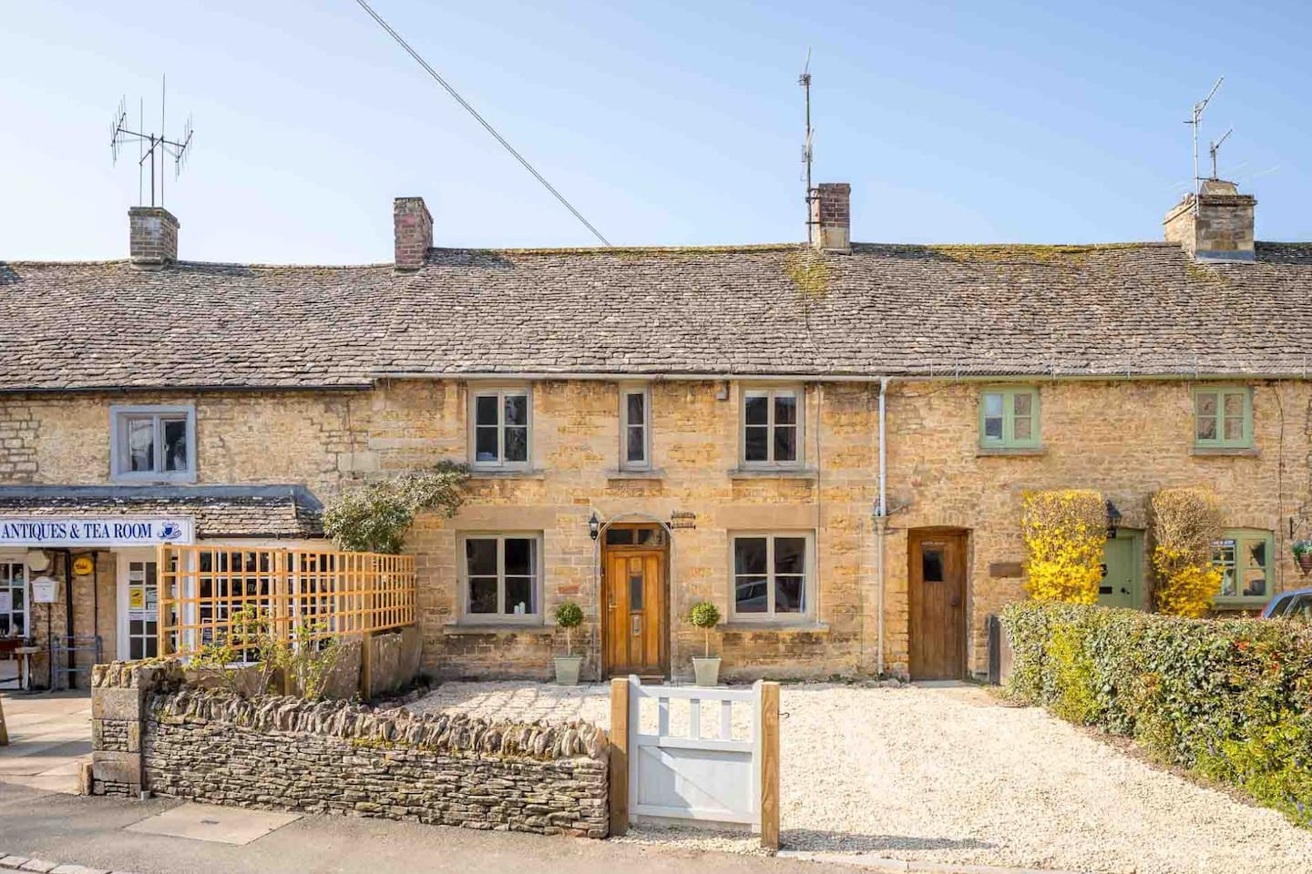 Welcome to North House in the lovely Cotswold village of Bourton-on-the-Water