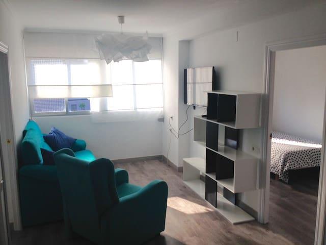 Apartamento cerca de la playa y UPV