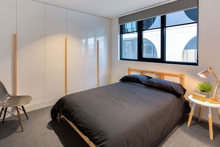 Enjoy a nice room in the Best Area - Fitzroy - Apartment