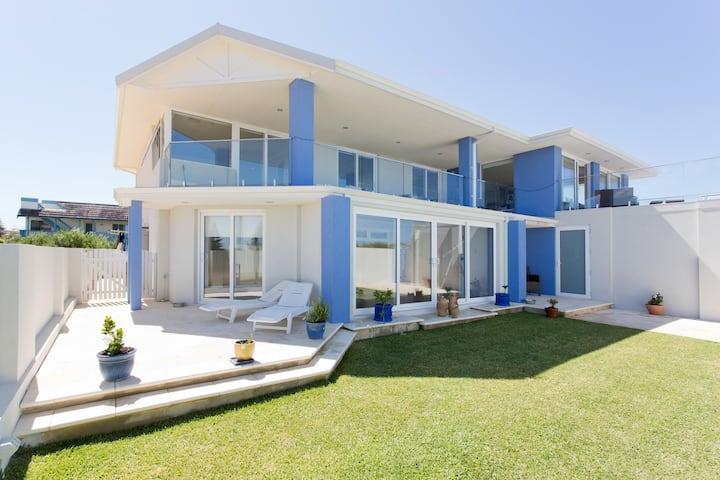 Perth, Mullaloo Beach, WA, Luxury Ocean Beach home
