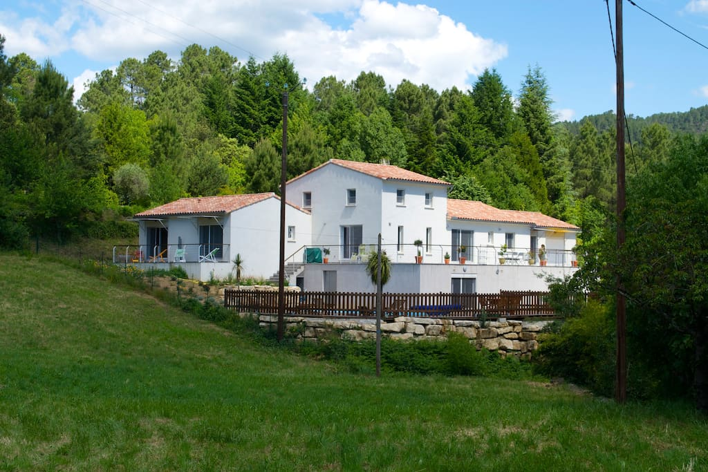 Chambres d 39 h tes face au gardon bed and breakfasts for - Chambre d agriculture du roussillon ...