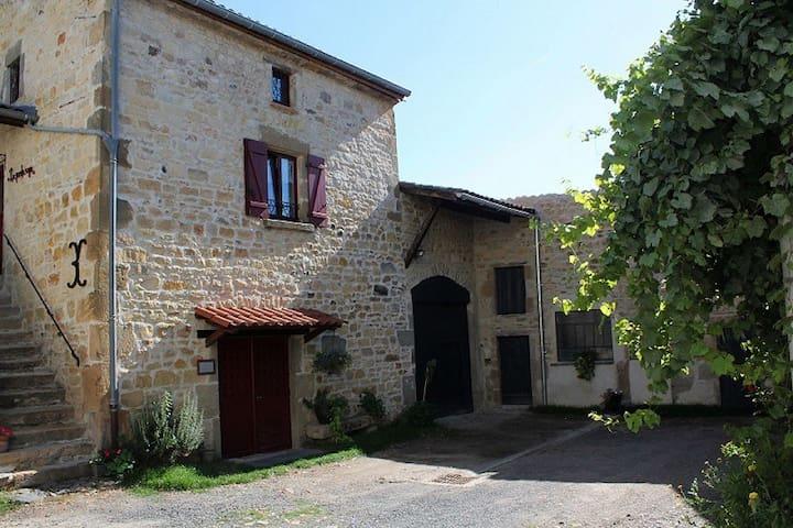 La porta roja, gîte de charme - Saint-Maurice - Huis