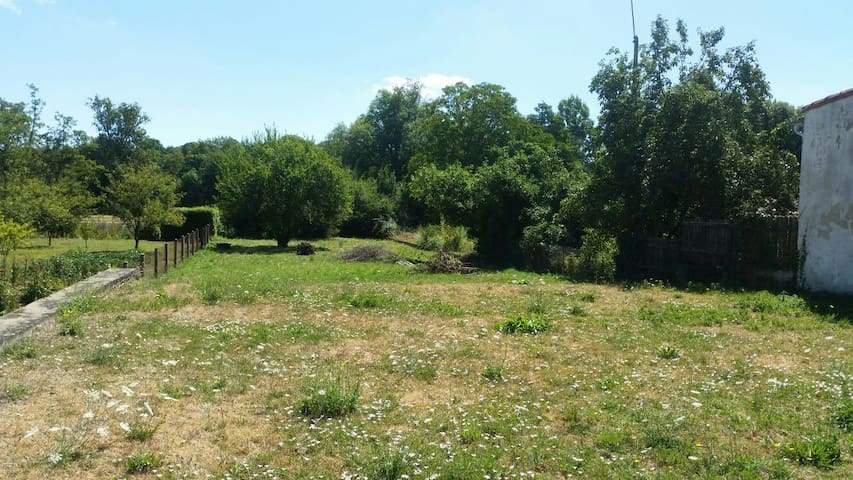 Terrain de camping privé - Civray - Overig