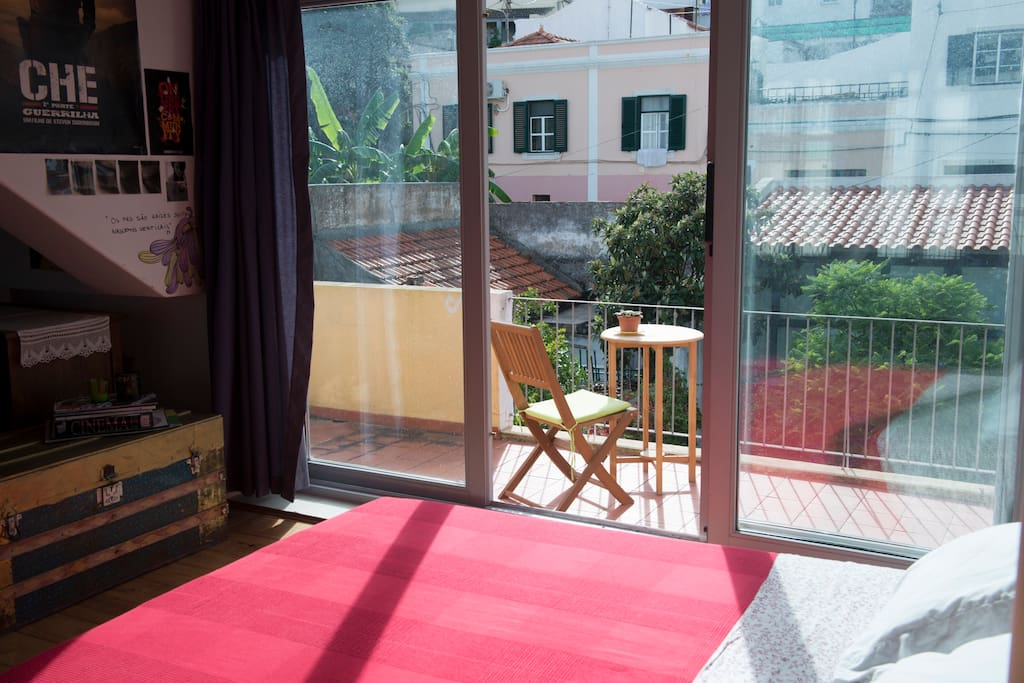 1 Room With wc. 30 m2 , private balcony